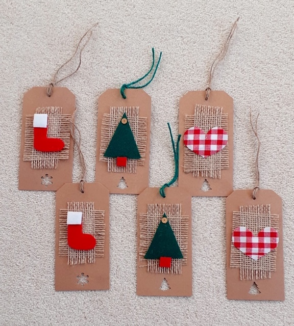 Vintage Green/Red Christmas Tags