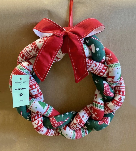 Christmas Twist Wreath